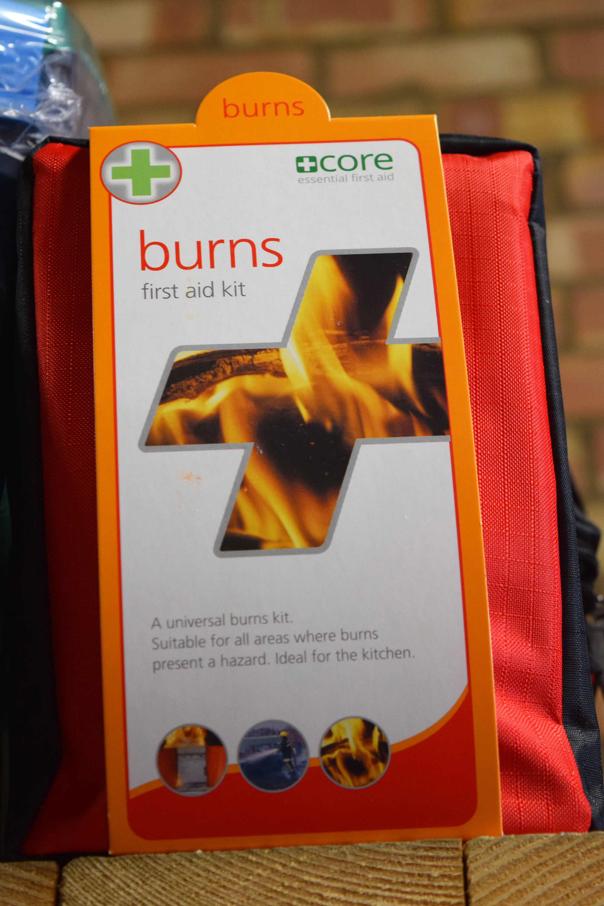 Universal Burns First Aid Kit