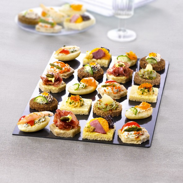 Tipiak Chicago Style Canapes x 48