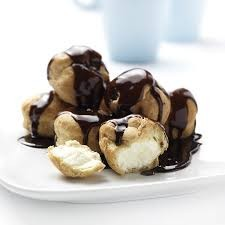 Profiteroles in Sauce x 80