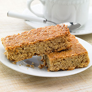 Handmade Cake Company All Butter Flapjack Traybake P/P 12