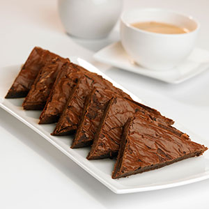 Handmade Cake Co. Chocolate Brownie Traybake 12ptn
