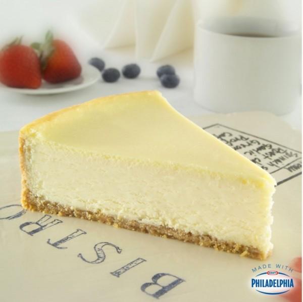 New York Vanilla Cheesecake 16  Presliced Portions