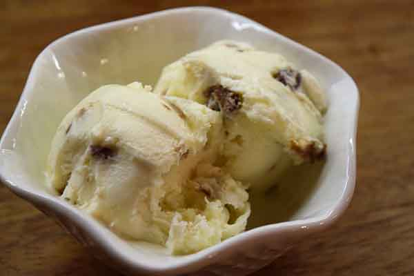 Criterion Rum & Raisin Ice Cream 4ltr