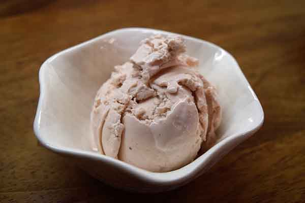 Criterion English Strawberry Ice Cream 4ltr