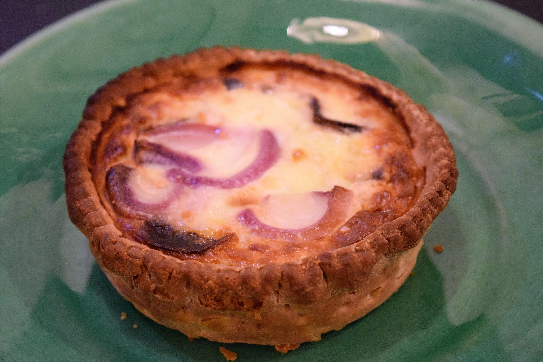 Indv Onion Marmalade & Goats Cheese Quiche x 18