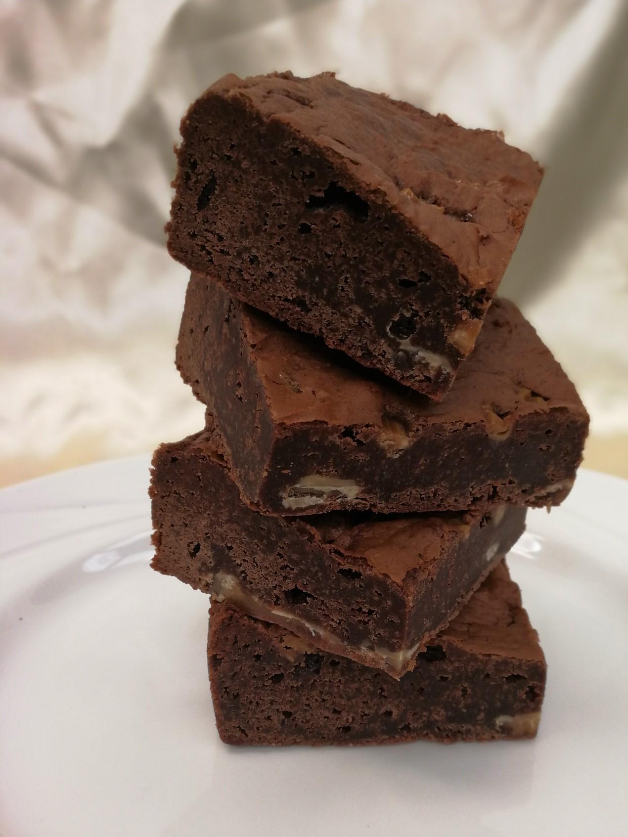 Gluten Free Salted Caramel Brownie Traybake