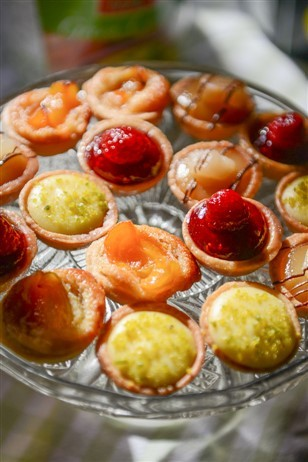 Tipiak Mini French Fruit Tarts x 32