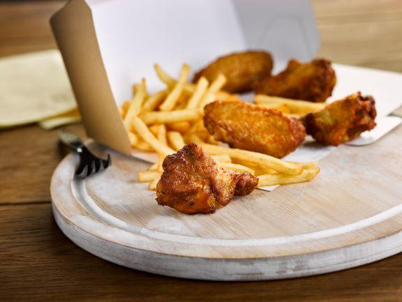 Golden Valley Hot N Spicy Chicken Wings 1kg