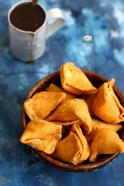 Daloon Vegetable Mini Samosas 80 x 30g