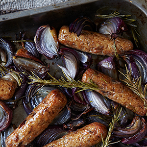 Linda McCartney Red Onion & Rosemary Sausages 40 x 50g